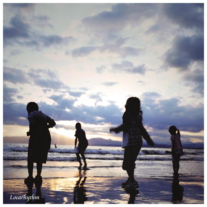 夕陽の海岸.jpg